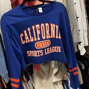 Cropped sports long sleeve shirt